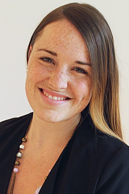 Dr. Anja Horina